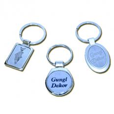 Gravírozott fém kulcstartó egyedi szöveggel vagy logóval ... f058ca29a8