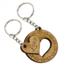 Kör és szivecske alakú összetartozó biléta pároknak egyedi szöveggel  kulcstartó lánccal és karikával ellátva 2db- d3dab55fc5